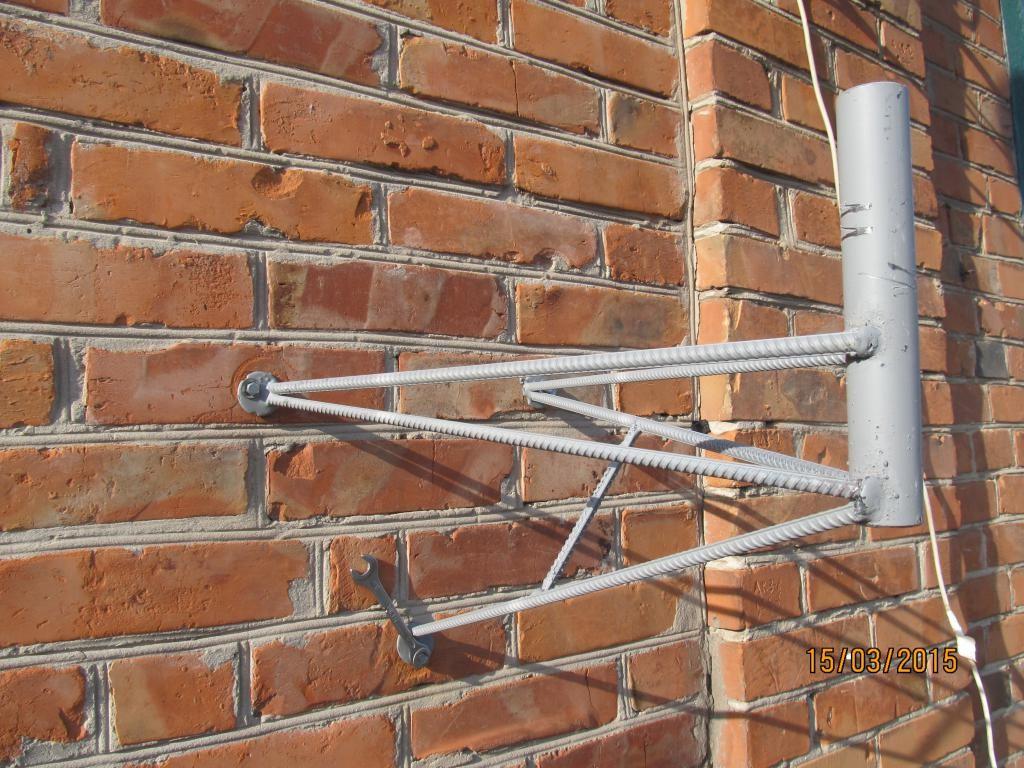Установка, крепёж кронштейна к спутниковой тарелки (антенны)